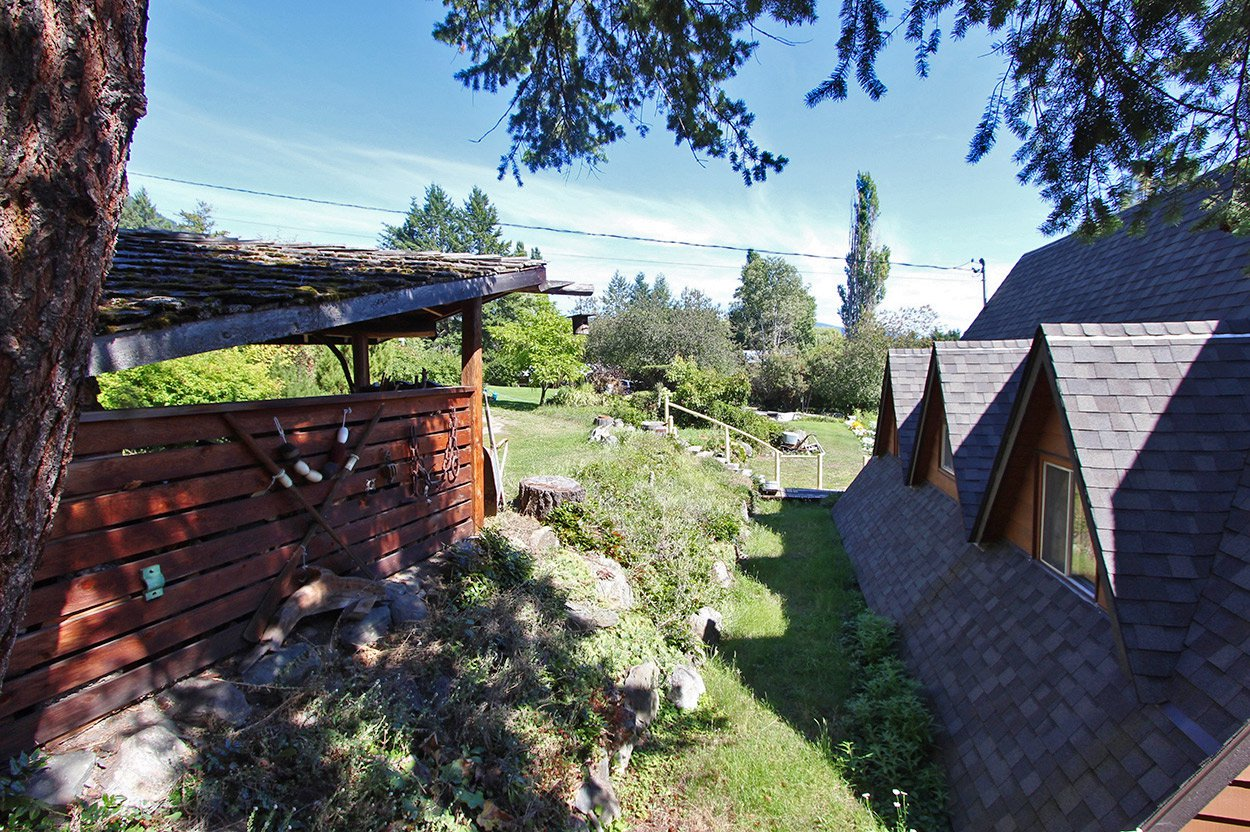 Photo 14: Photos: 1457 Little Shuswap Lake Road in Chase: Little Shuswap Lake House for sale : MLS®# 10191524