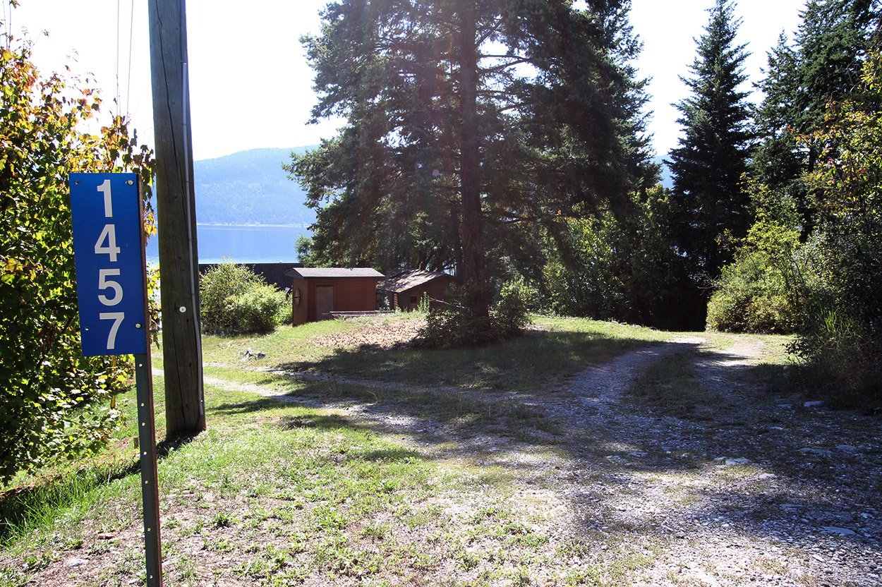 Photo 5: Photos: 1457 Little Shuswap Lake Road in Chase: Little Shuswap Lake House for sale : MLS®# 10191524
