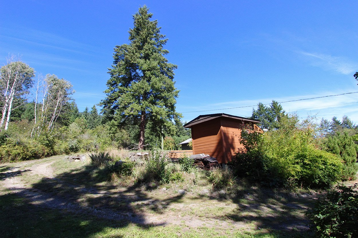 Photo 11: Photos: 1457 Little Shuswap Lake Road in Chase: Little Shuswap Lake House for sale : MLS®# 10191524