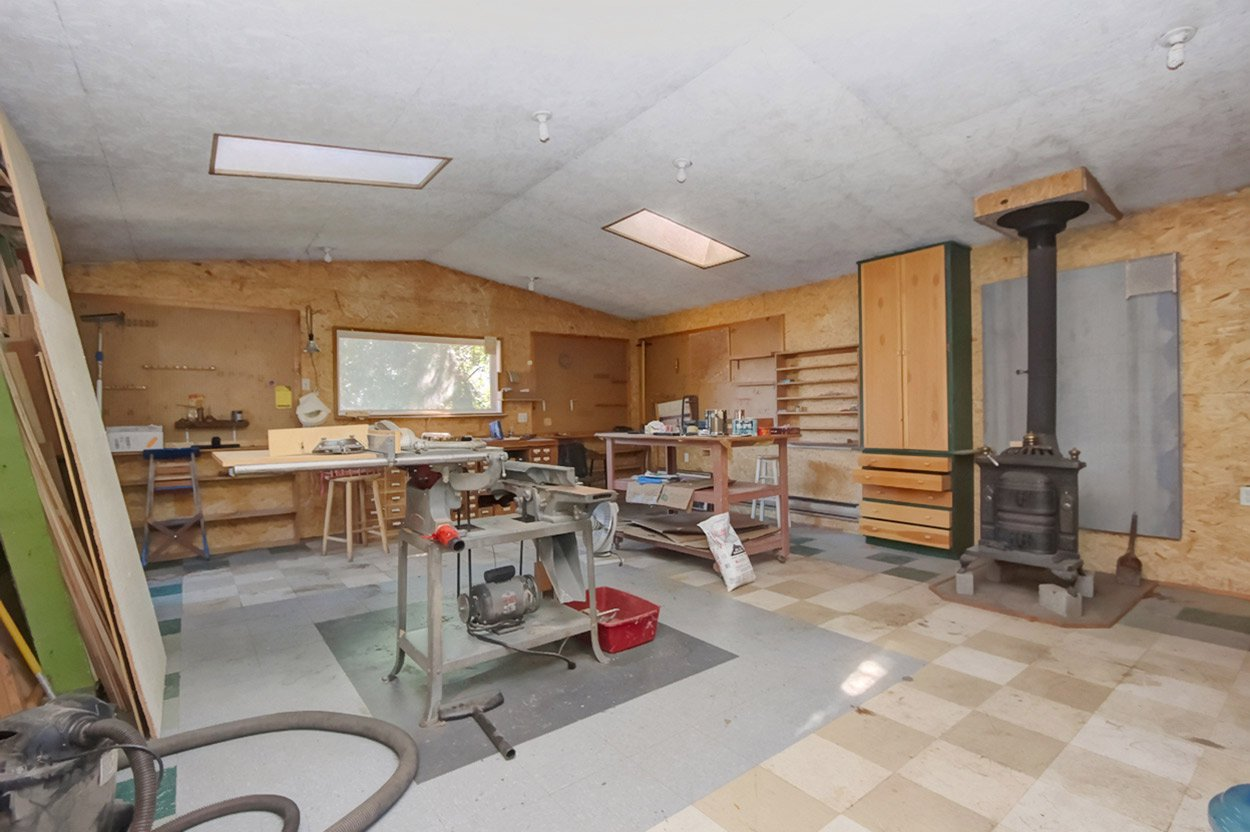 Photo 18: Photos: 1457 Little Shuswap Lake Road in Chase: Little Shuswap Lake House for sale : MLS®# 10191524