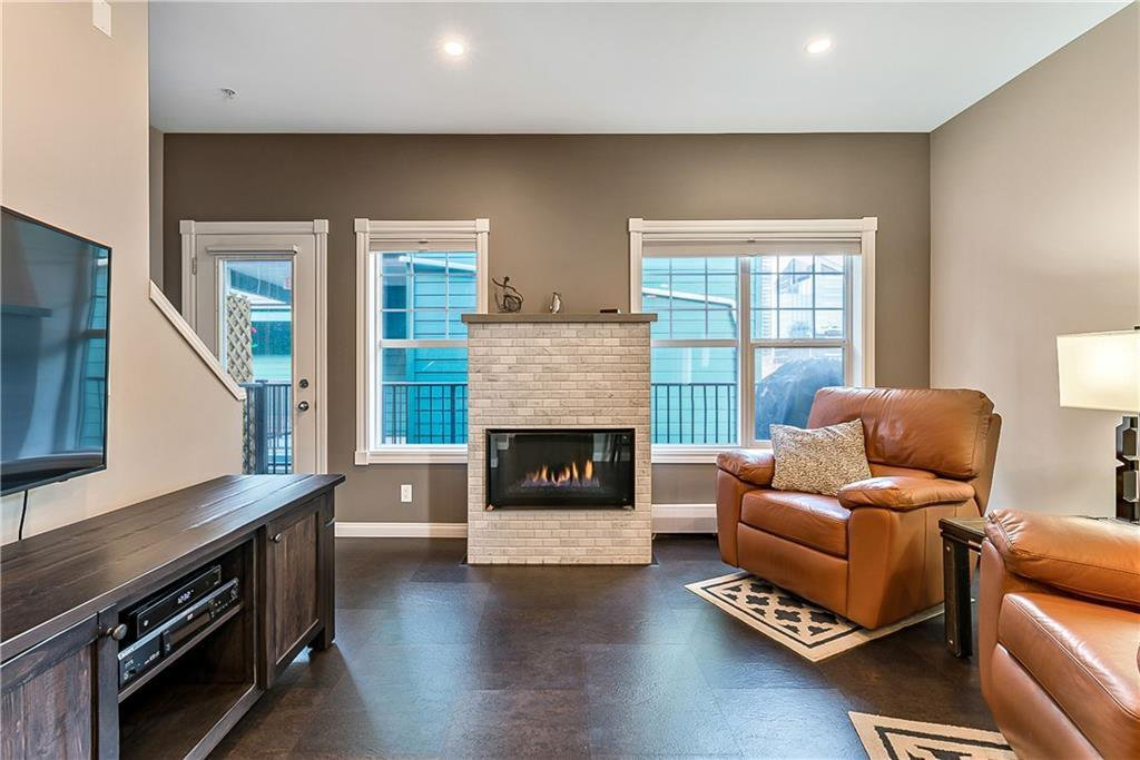 Photo 8: Photos: 114 112 14 Avenue SE in Calgary: Beltline Apartment for sale : MLS®# C4282670