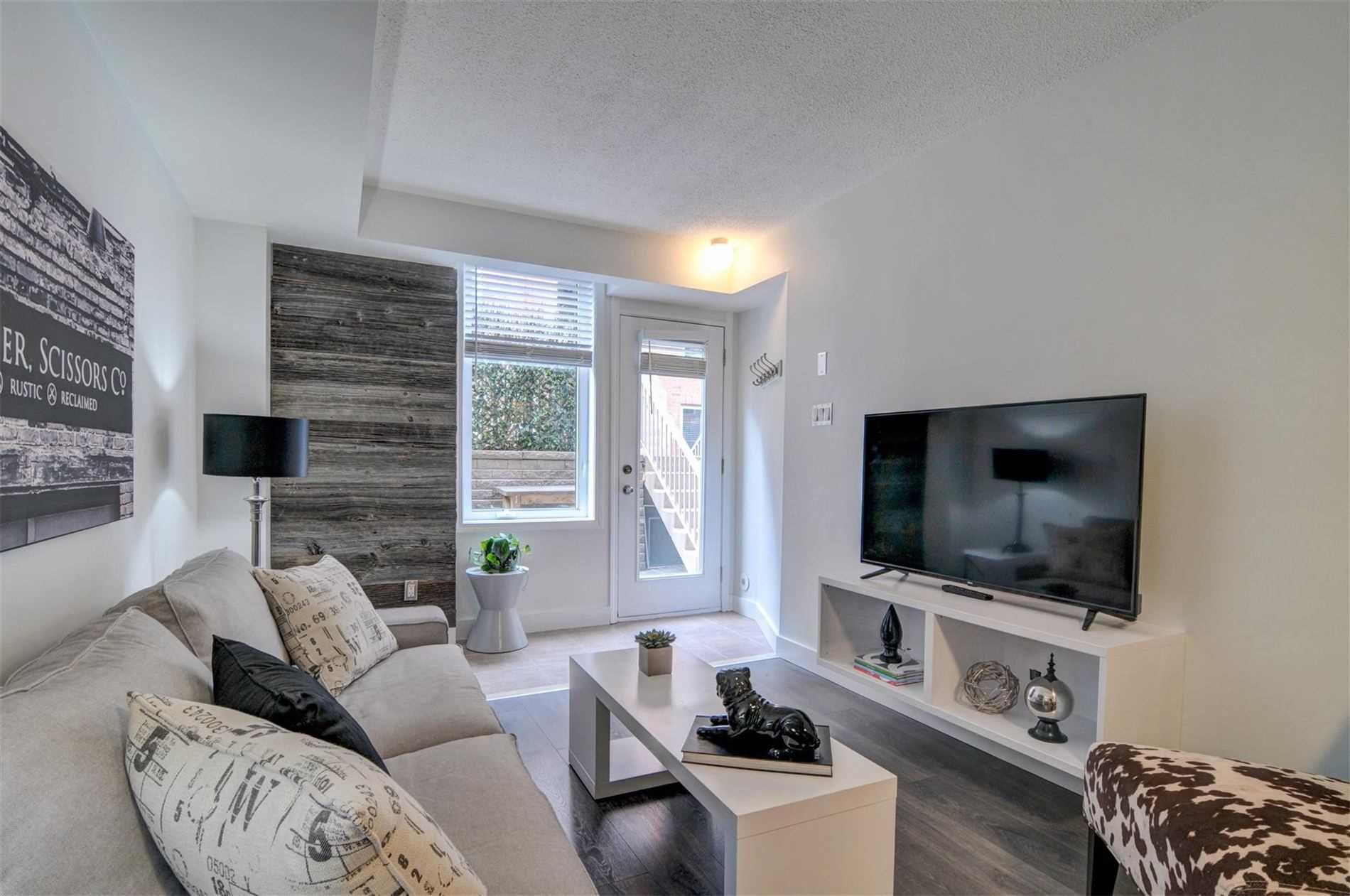 Main Photo: 505 27 Canniff Street in Toronto: Niagara Condo for sale (Toronto C01)  : MLS®# C4746219