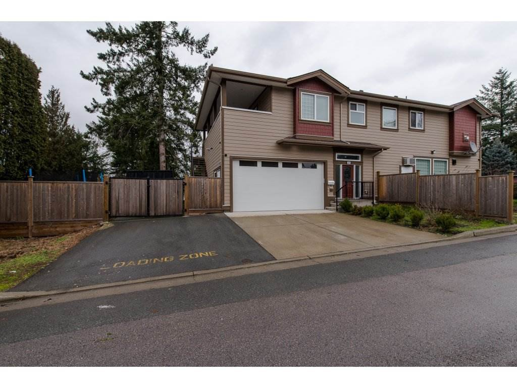 Main Photo: 2807 MAPLE STREET in : Central Abbotsford House for sale : MLS®# R2233772