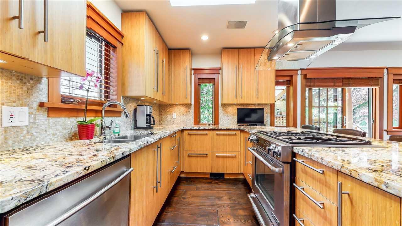 Main Photo: 2705 W 5TH AVENUE in Vancouver: Kitsilano 1/2 Duplex for sale (Vancouver West)  : MLS®# R2497295