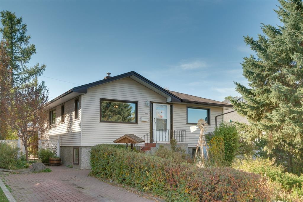 Main Photo: 307 26 Avenue NE in Calgary: Tuxedo Park Detached for sale : MLS®# A1039987