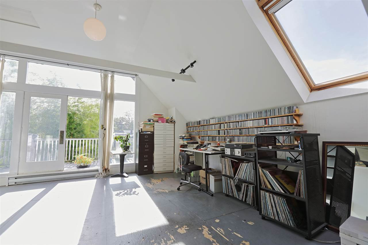 Main Photo: 3152 W 10TH Avenue in Vancouver: Kitsilano House for sale (Vancouver West)  : MLS®# R2508143