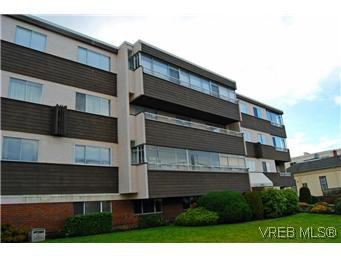 Main Photo: 303 545 Rithet St in VICTORIA: Vi James Bay Condo Apartment for sale (Victoria)  : MLS®# 595217