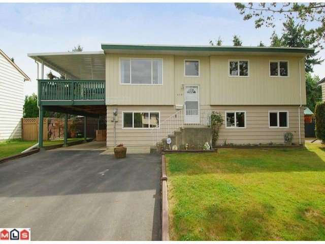 "Main Photo: 6302 CHARBRAY Place in Surrey: Cloverdale BC House for sale in ""Greenaway"" (Cloverdale)  : MLS®# F1221218"