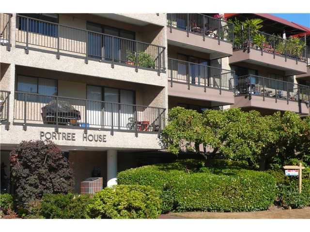 """Main Photo: 210 330 E 1ST Street in North Vancouver: Lower Lonsdale Condo for sale in """"Portree House"""" : MLS®# V970722"""