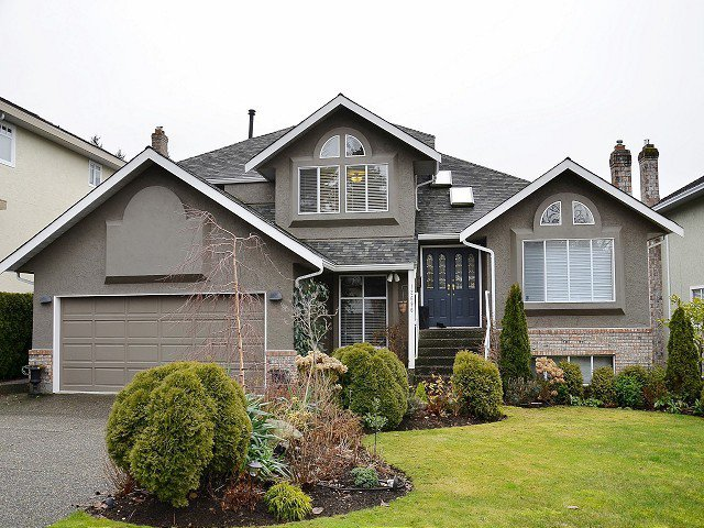 Main Photo: 12696 17A Avenue in Surrey: Crescent Bch Ocean Pk. House for sale (South Surrey White Rock)  : MLS®# F1301996