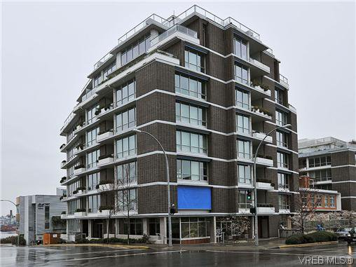 Main Photo: 302 399 Tyee Road in VICTORIA: VW Victoria West Condo Apartment for sale (Victoria West)  : MLS®# 322301