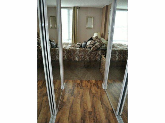 """Photo 10: Photos: 605 14820 104 Avenue in Surrey: Guildford Condo for sale in """"CAMELOT"""" (North Surrey)  : MLS®# F1321062"""