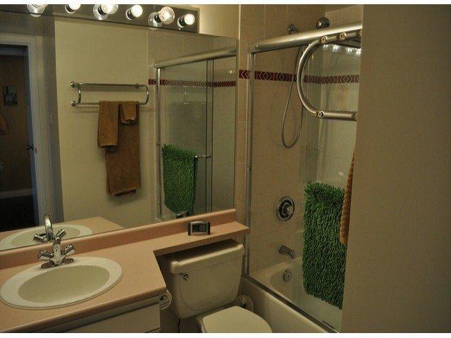 """Photo 11: Photos: 605 14820 104 Avenue in Surrey: Guildford Condo for sale in """"CAMELOT"""" (North Surrey)  : MLS®# F1321062"""
