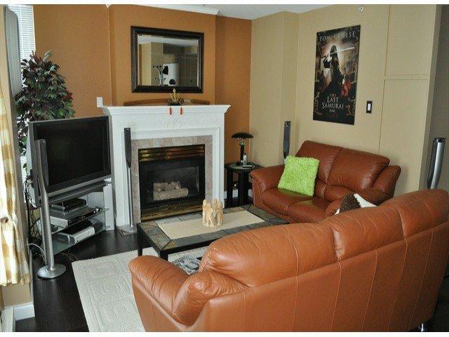 """Photo 2: Photos: 605 14820 104 Avenue in Surrey: Guildford Condo for sale in """"CAMELOT"""" (North Surrey)  : MLS®# F1321062"""