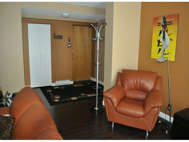 """Photo 4: Photos: 605 14820 104 Avenue in Surrey: Guildford Condo for sale in """"CAMELOT"""" (North Surrey)  : MLS®# F1321062"""