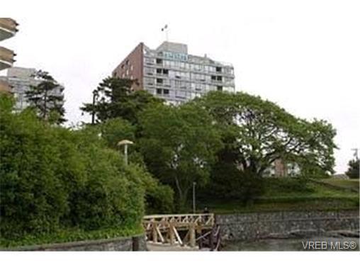 Main Photo: 406 325 Maitland Street in VICTORIA: VW Victoria West Condo Apartment for sale (Victoria West)  : MLS®# 195754