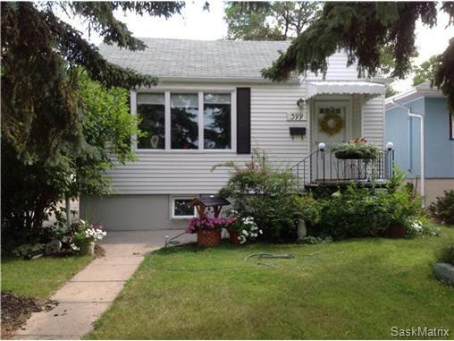 Main Photo: 399 LEOPOLD Crescent in Regina: Crescents Single Family Dwelling for sale (Regina Area 05)  : MLS®# 507538
