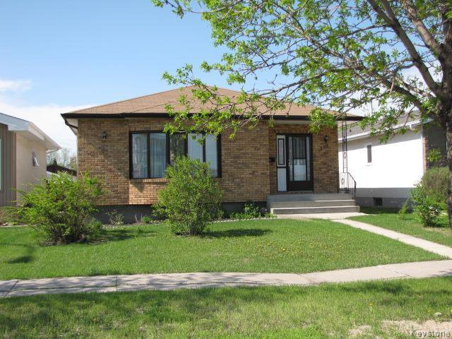 Main Photo: 1286 Leila Avenue in WINNIPEG: Maples / Tyndall Park Residential for sale (North West Winnipeg)  : MLS®# 1420267