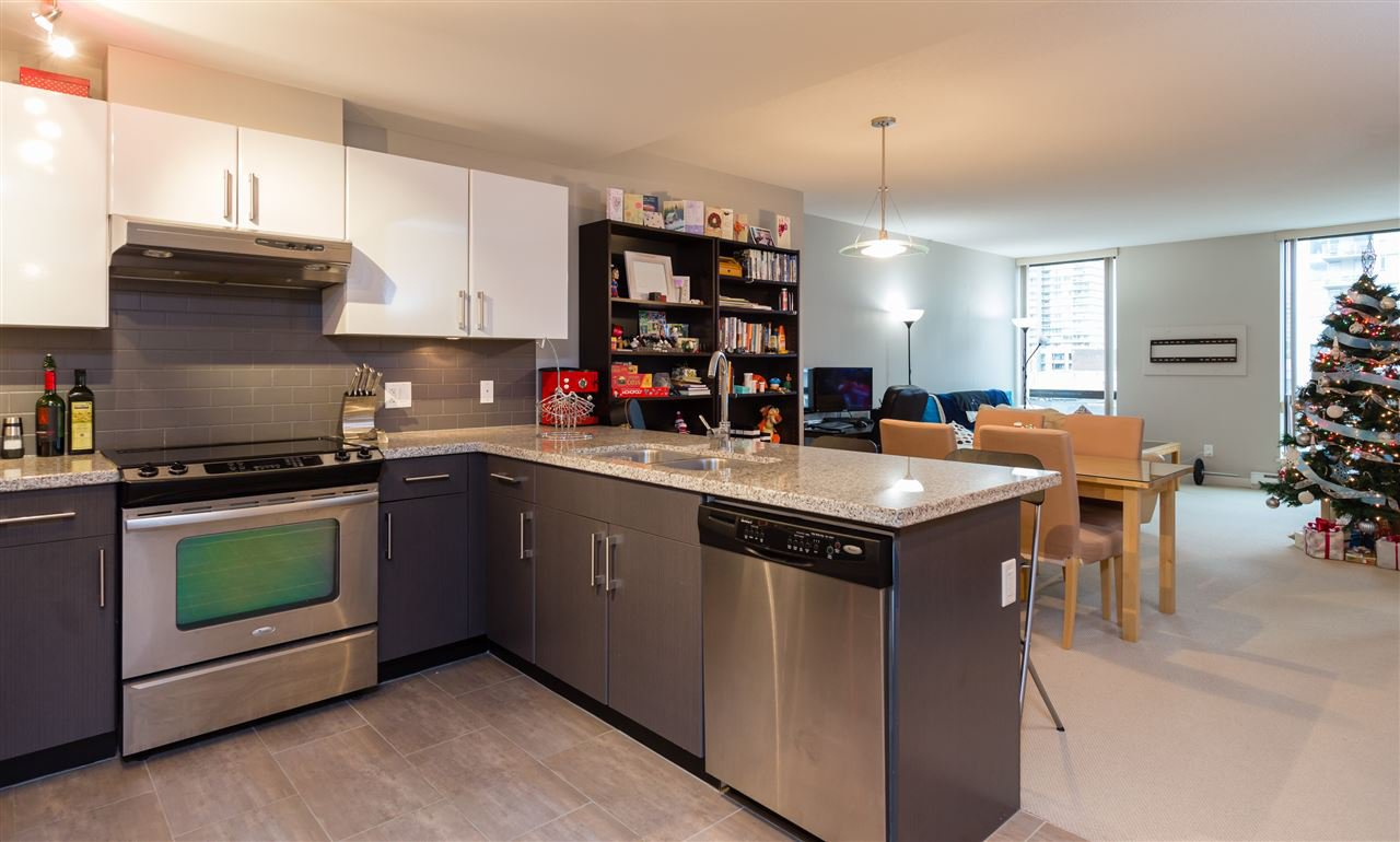 Main Photo: 906 14 BEGBIE STREET in New Westminster: Quay Condo for sale : MLS®# R2021399