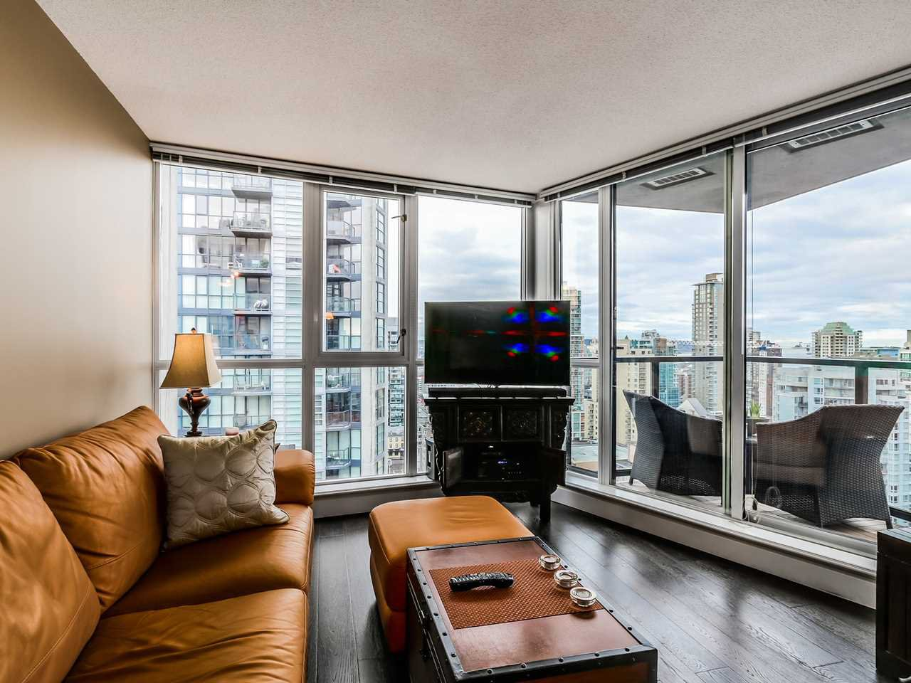 Main Photo: 2308 1155 SEYMOUR STREET in Vancouver: Downtown VW Condo for sale (Vancouver West)  : MLS®# R2026499