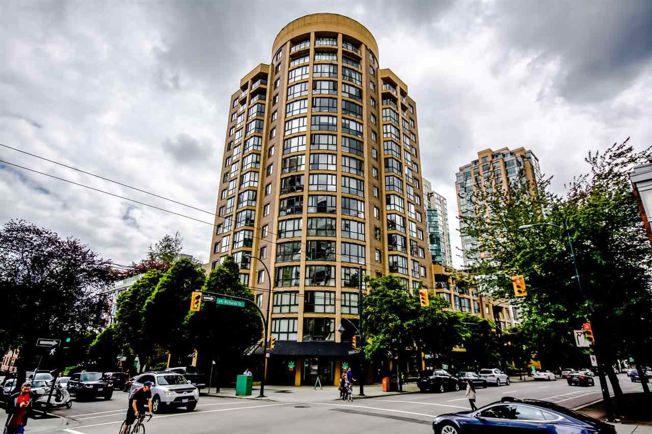 Main Photo: 311 488 HELMCKEN STREET in Vancouver: Yaletown Condo for sale (Vancouver West)  : MLS®# R2090580