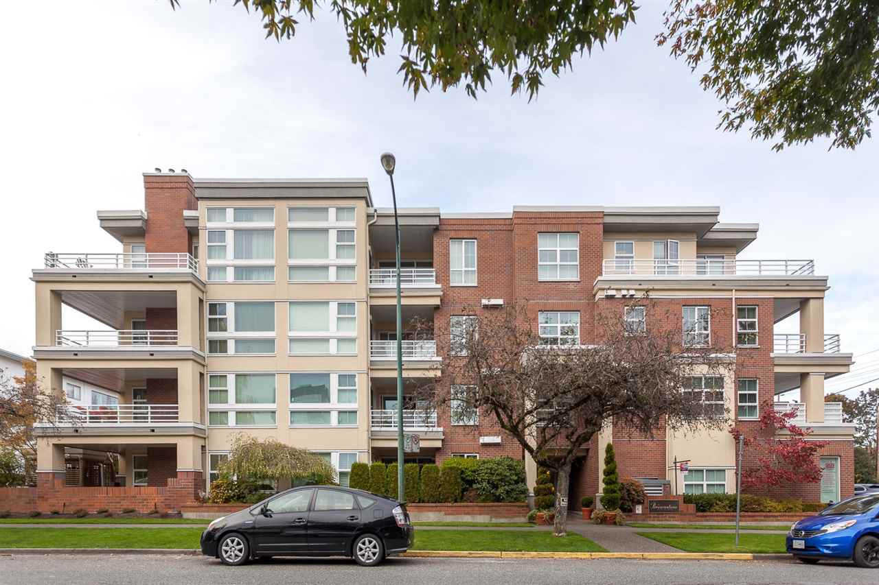 Main Photo: 409 2105 W 42ND AVENUE in Vancouver: Kerrisdale Condo for sale (Vancouver West)  : MLS®# R2124910