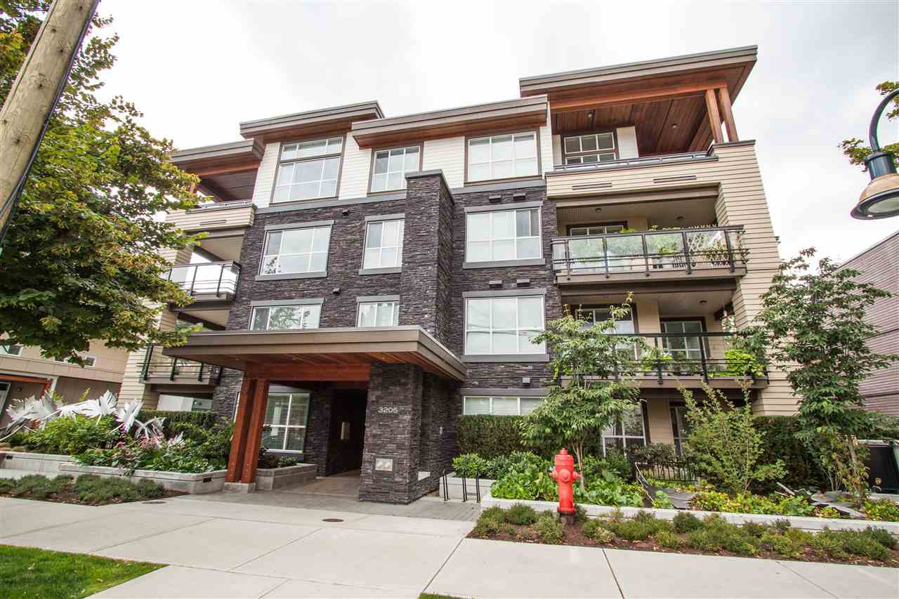 Main Photo: 315 3205 MOUNTAIN HIGHWAY in North Vancouver: Lynn Valley Condo for sale : MLS®# R2295368