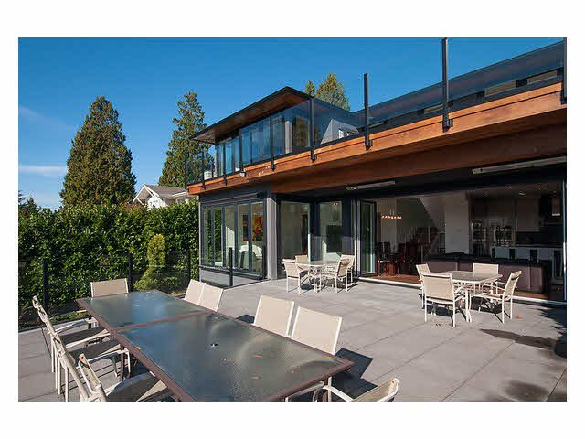 Photo 4: Photos: 2659 Marine Drive in West Vancouver: Dundarave House for rent