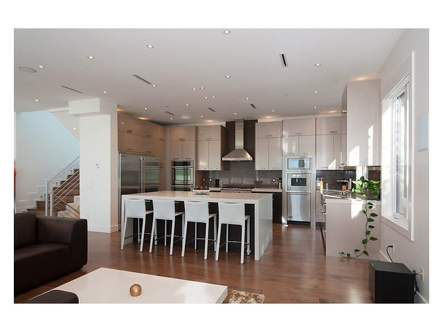 Photo 3: Photos: 2659 Marine Drive in West Vancouver: Dundarave House for rent
