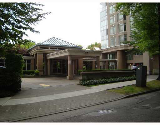 Main Photo: 101 2628 ASH STREET in : Fairview VW Condo for sale : MLS®# V781438