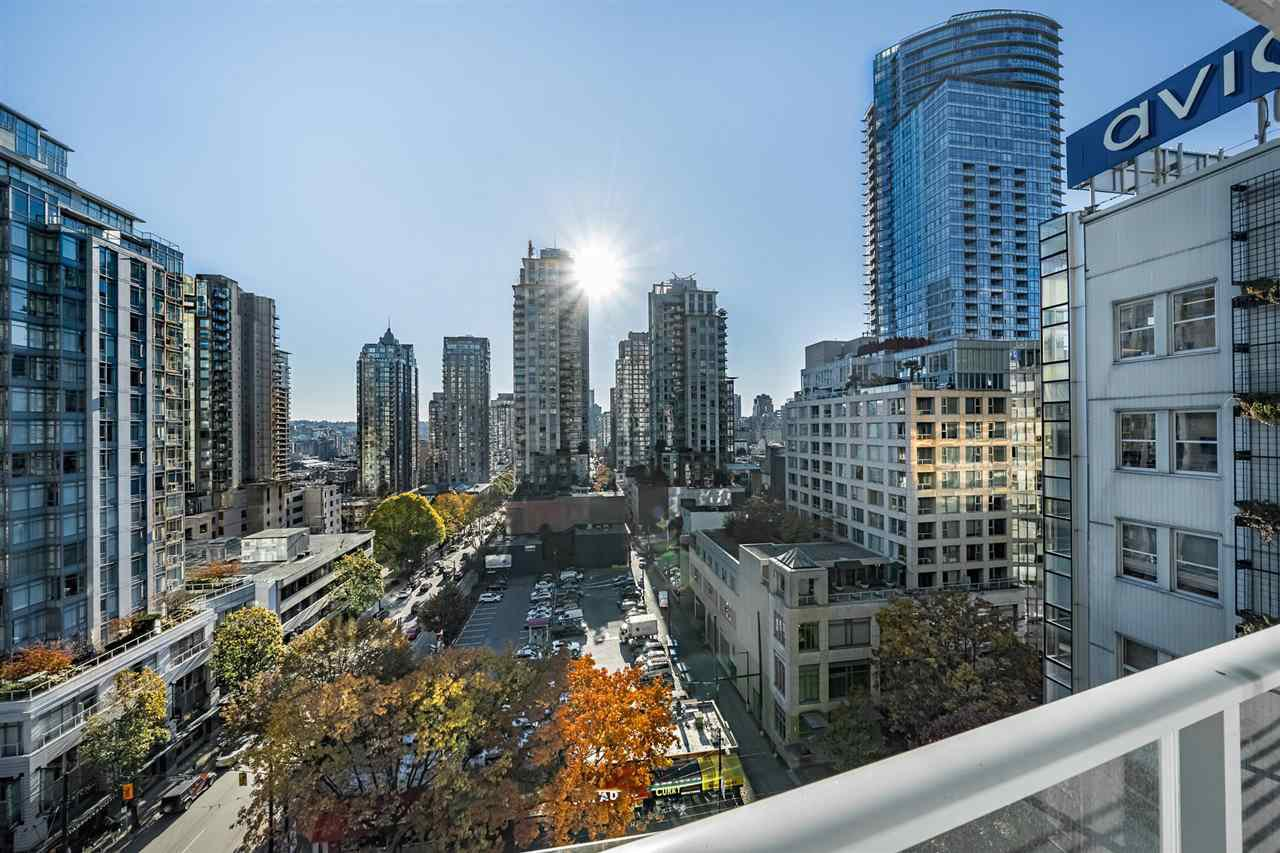 Photo 9: Photos: 1101 777 RICHARDS STREET in Vancouver: Downtown VW Condo for sale (Vancouver West)  : MLS®# R2330853
