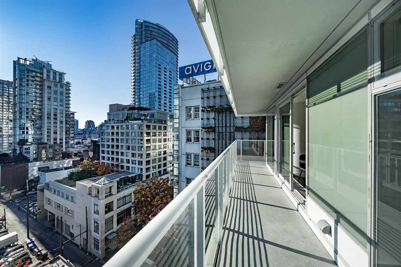Photo 10: Photos: 1101 777 RICHARDS STREET in Vancouver: Downtown VW Condo for sale (Vancouver West)  : MLS®# R2330853