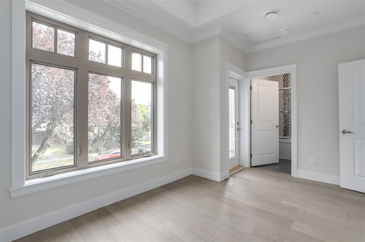 Photo 7: Photos: 2158 GRANT STREET in Vancouver: Grandview Woodland 1/2 Duplex for sale (Vancouver East)