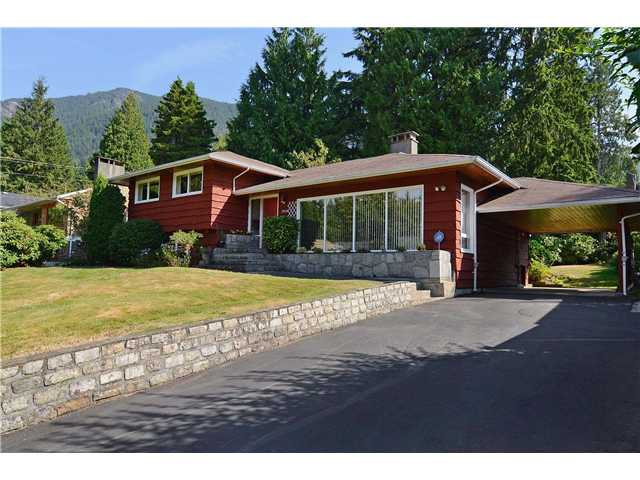 Main Photo: 5038 SHIRLEY Avenue in North Vancouver: Canyon Heights NV House for sale : MLS®# V971985