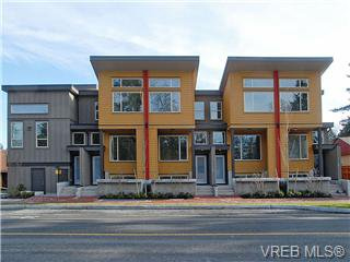 Main Photo: 106 2733 Peatt Road in Victoria: La Langford Proper Townhouse for sale (Langford)  : MLS®# 317233