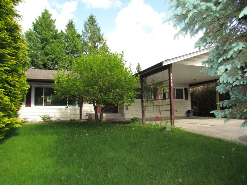 Main Photo: 3140 Princess Street in Abbotsford: Clearbrook House for rent