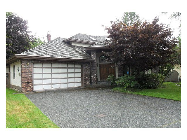 Main Photo: 16628 Arbutus Place: House for sale : MLS®# F1420450