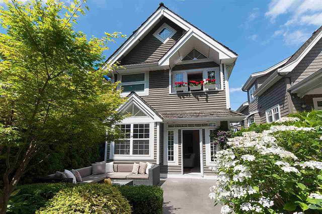 Main Photo: 2267 W 13TH AV in VANCOUVER: Kitsilano House 1/2 Duplex for sale (Vancouver West)  : MLS®# R2089401