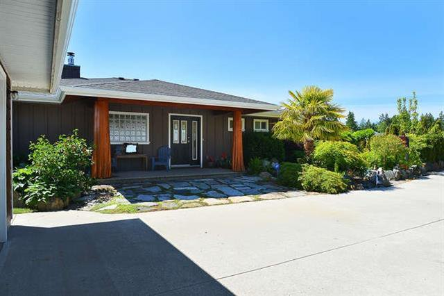Main Photo: 6280 Baillie Road: Sechelt District House for sale (Sunshine Coast)  : MLS®# R2074170