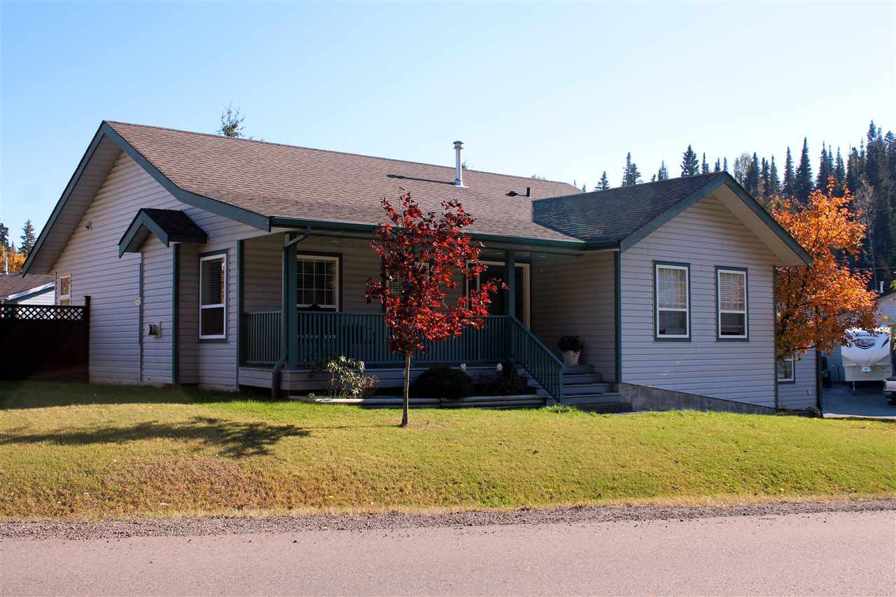 Main Photo: 3738 WINSLOW PLACE in : Birchwood House for sale : MLS®# R2347600