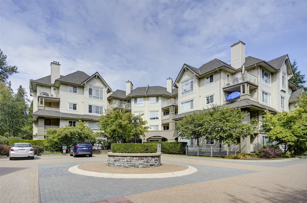 "Main Photo: 433 1252 TOWN CENTRE Boulevard in Coquitlam: Canyon Springs Condo for sale in ""THE KENNEDY"" : MLS®# R2393511"