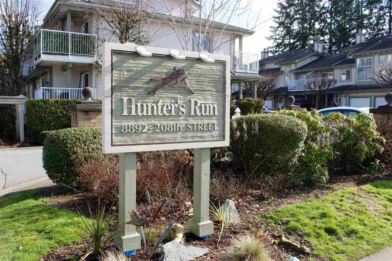 "Main Photo: 57 8892 208 Street in Langley: Walnut Grove Townhouse for sale in ""HUNTER'S RUN"" : MLS®# R2435572"