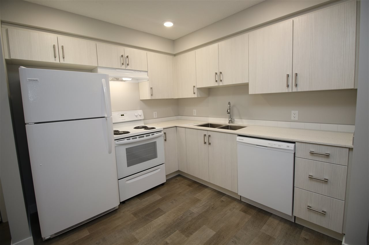Main Photo: 111 11511 27 Avenue in Edmonton: Zone 16 Condo for sale : MLS®# E4192292