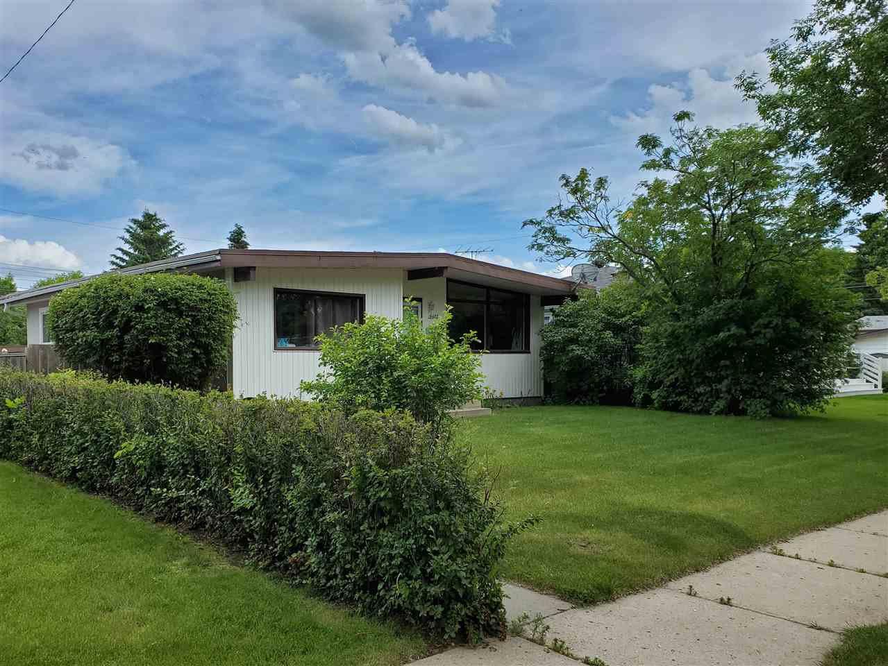 Main Photo: 9403 SHERRIDON Drive: Fort Saskatchewan House for sale : MLS®# E4203300