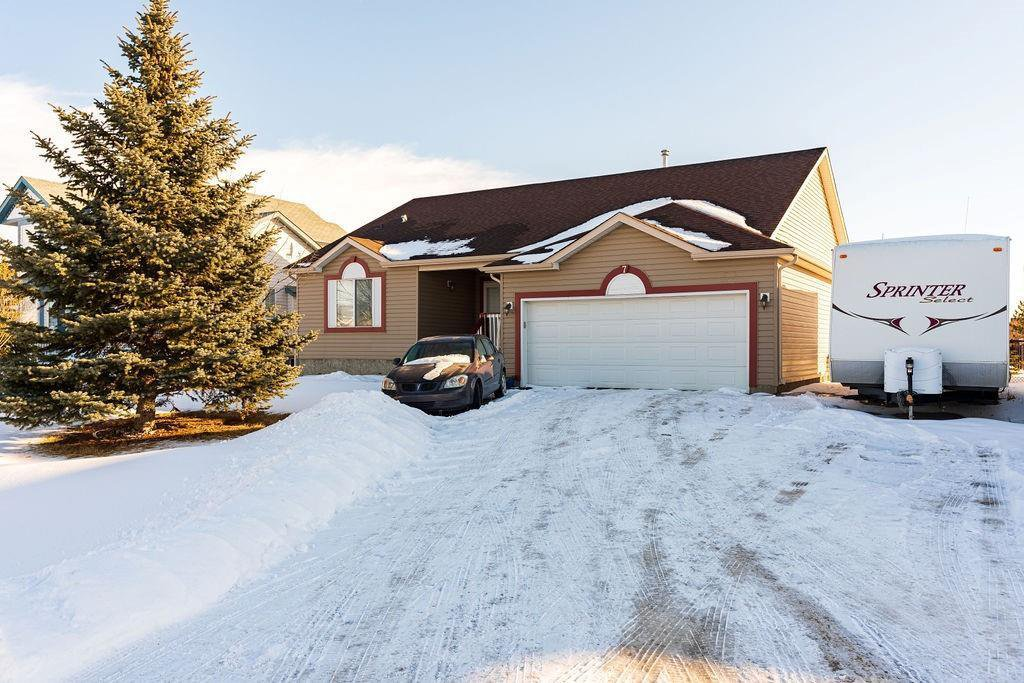 Main Photo: 7 WELSHIMER Crescent N: Langdon Detached for sale : MLS®# A1016193