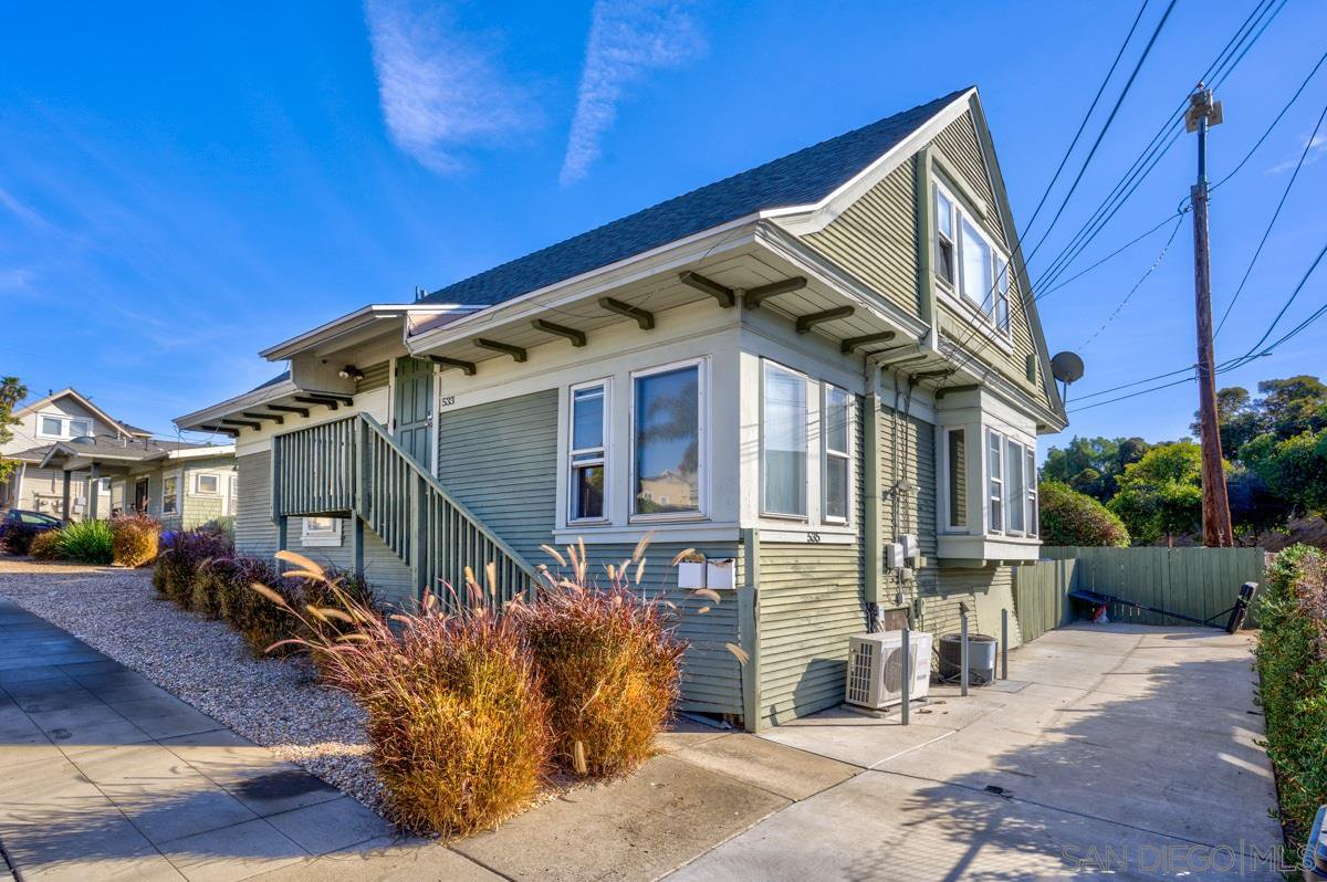 Main Photo: MIDDLETOWN Property for sale: 531 - 535 W Juniper St in San Diego