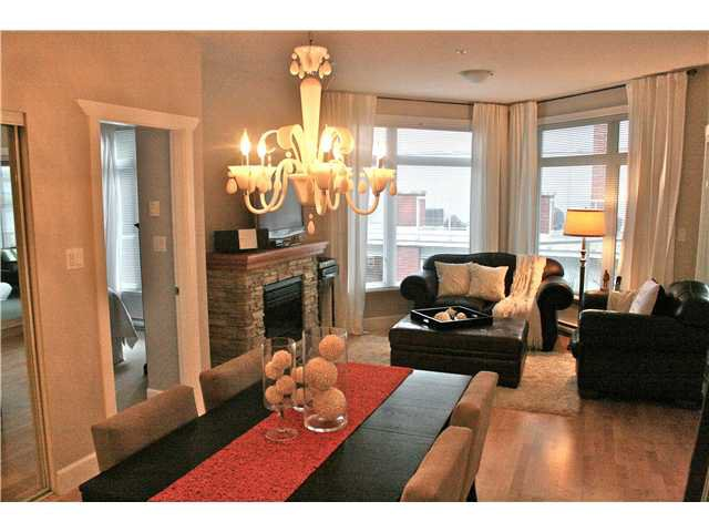 Main Photo: 203 4211 BAYVIEW Street in Richmond: Steveston South Condo for sale : MLS®# V931928