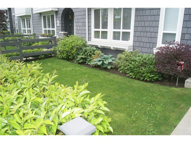 """Photo 17: Photos: 27 2418 AVON Place in Port Coquitlam: Riverwood Townhouse for sale in """"LINKS"""" : MLS®# V955179"""