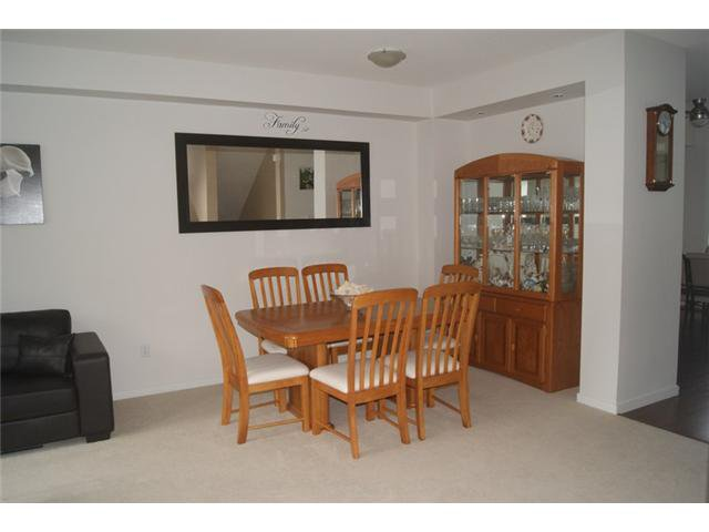 """Photo 3: Photos: 27 2418 AVON Place in Port Coquitlam: Riverwood Townhouse for sale in """"LINKS"""" : MLS®# V955179"""