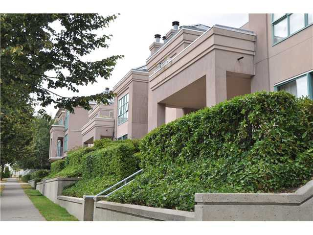 Main Photo: 1A 2483 E 10TH Avenue in Vancouver: Renfrew VE Condo for sale (Vancouver East)  : MLS®# V1023245